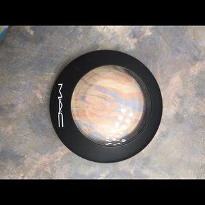 Mac cosmetics lightscapade